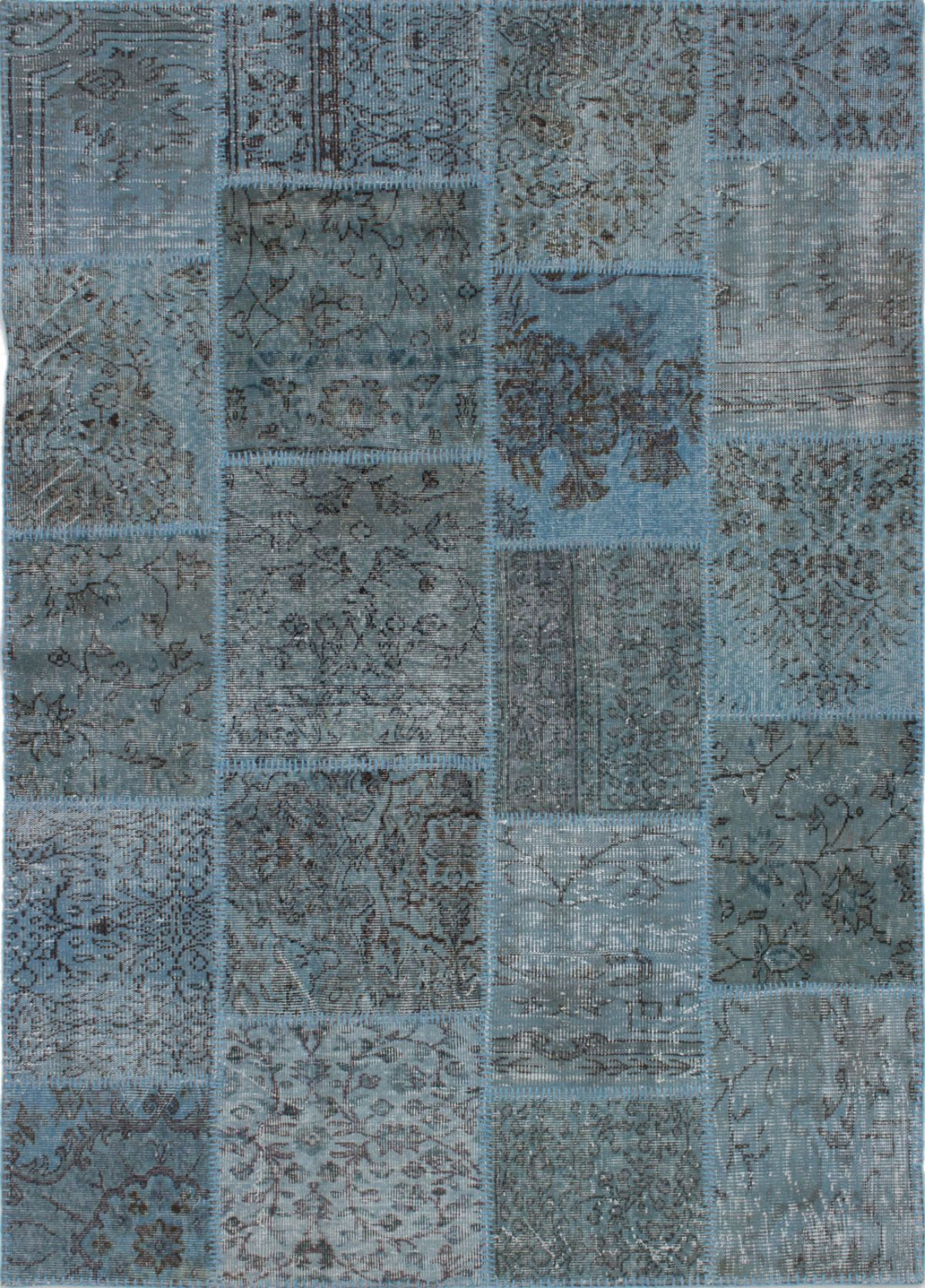 """Hand-knotted Color Transition Patch Light Blue  Wool Rug 5'7"""" x 7'9"""" Size: 5'7"""" x 7'9"""""""