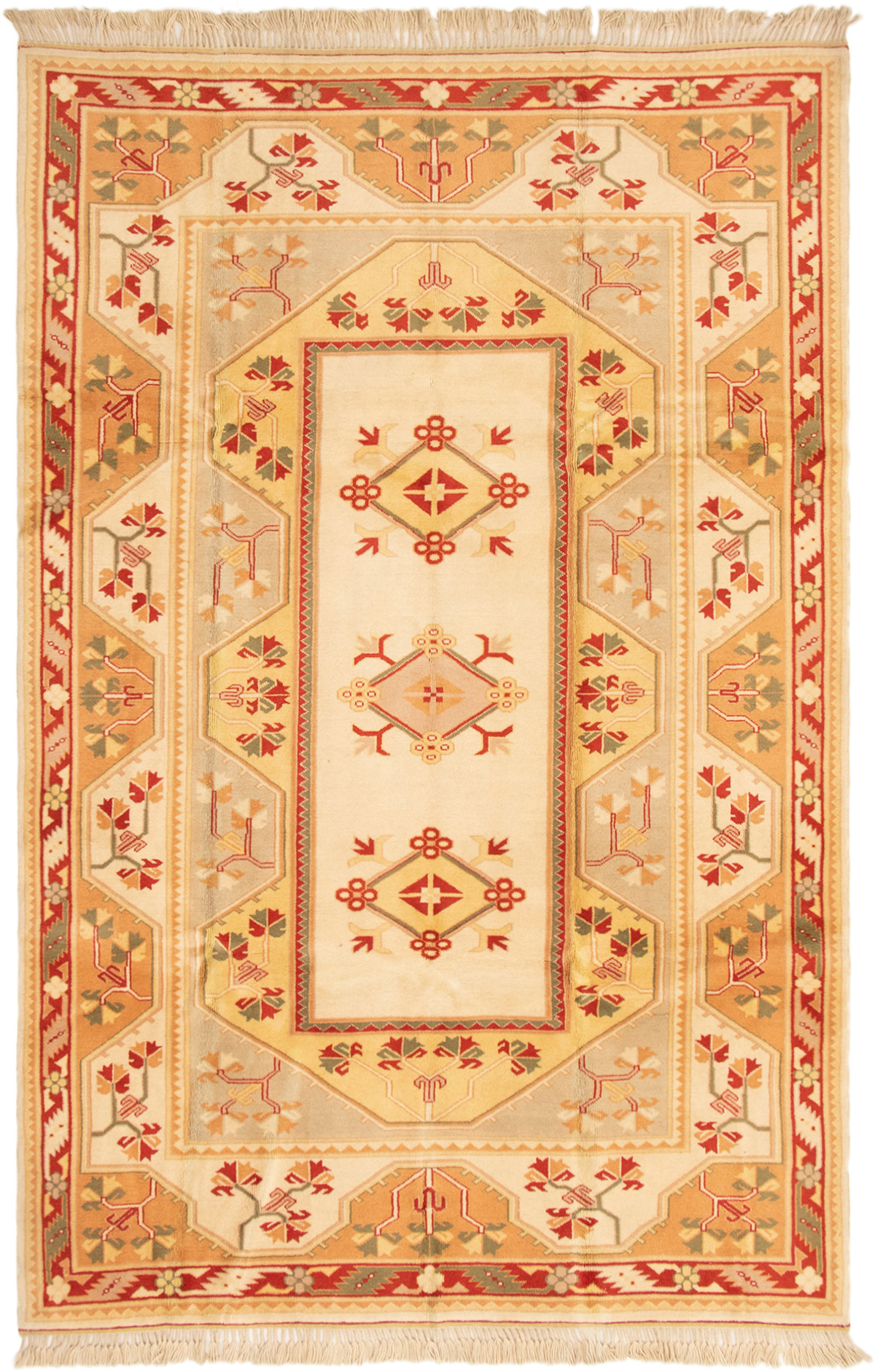 "Hand-knotted Ushak Cream Wool Rug 6'4"" x 9'8"" Size: 6'4"" x 9'8"""