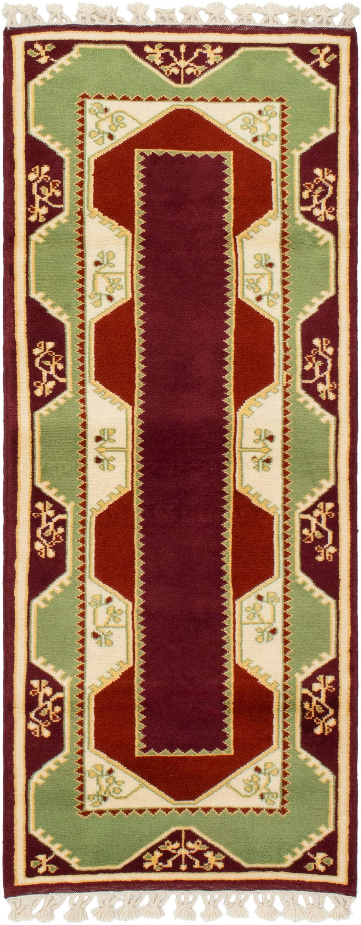 "Hand-knotted Ushak Burgundy Wool Rug 2'8"" x 6'7"" Size: 2'7"" x 6'7"""