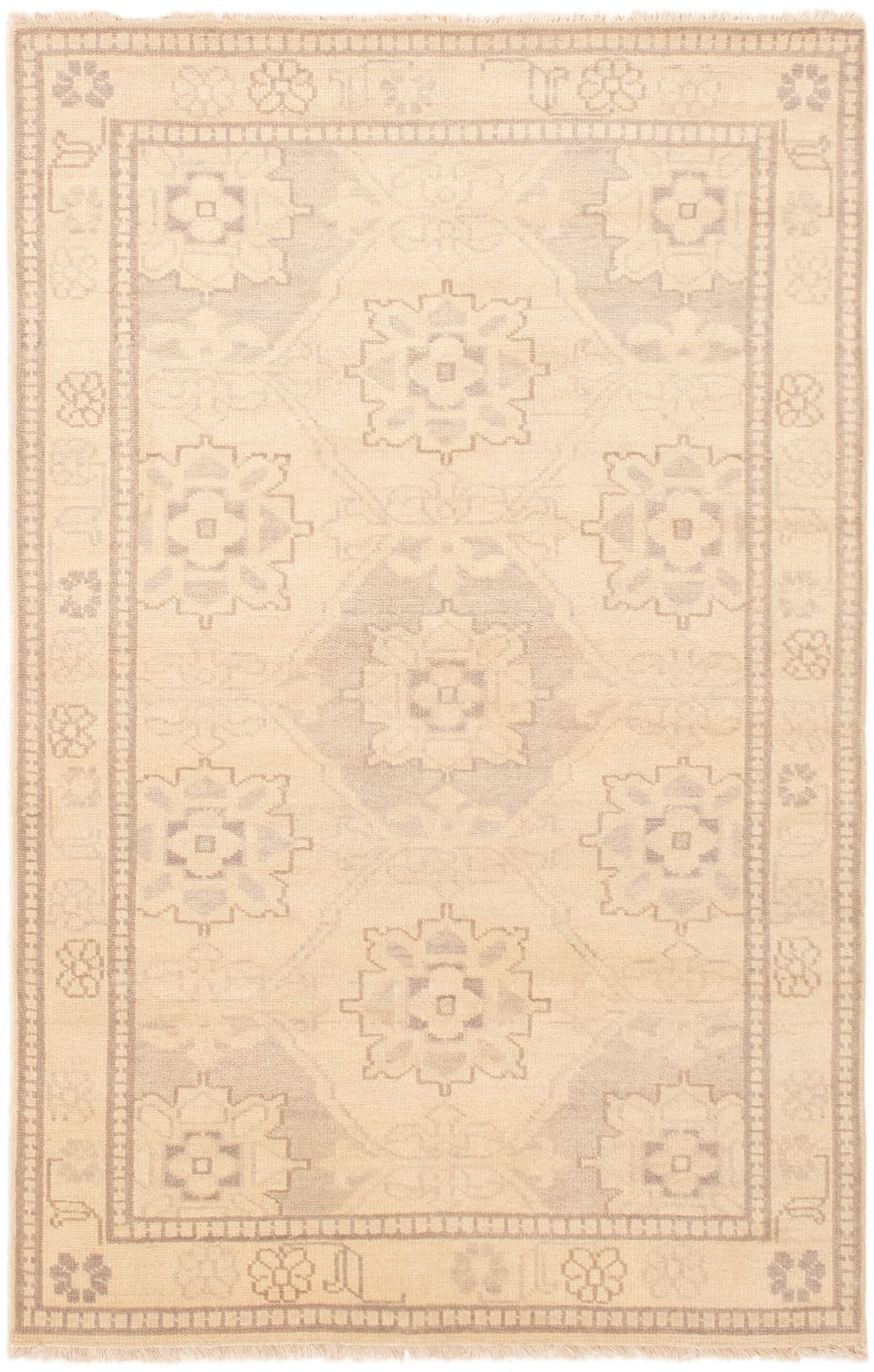 """Hand-knotted Finest Ushak Cream Wool Rug 5'1"""" x 7'11"""" Size: 5'1"""" x 7'11"""""""