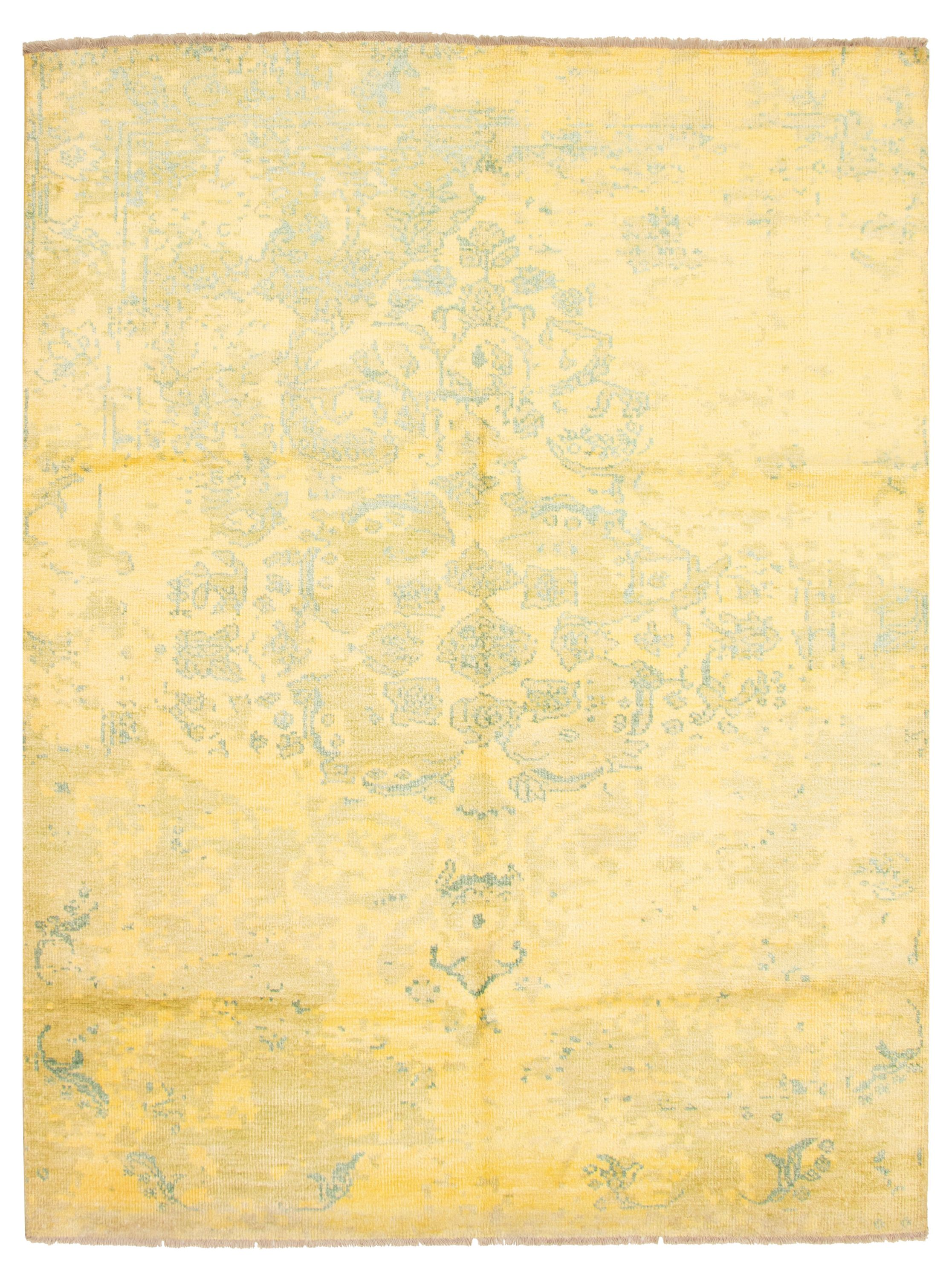 """Hand-knotted Color transition Gold  Rug 7'10"""" x 10'0"""" Size: 7'10"""" x 10'0"""""""
