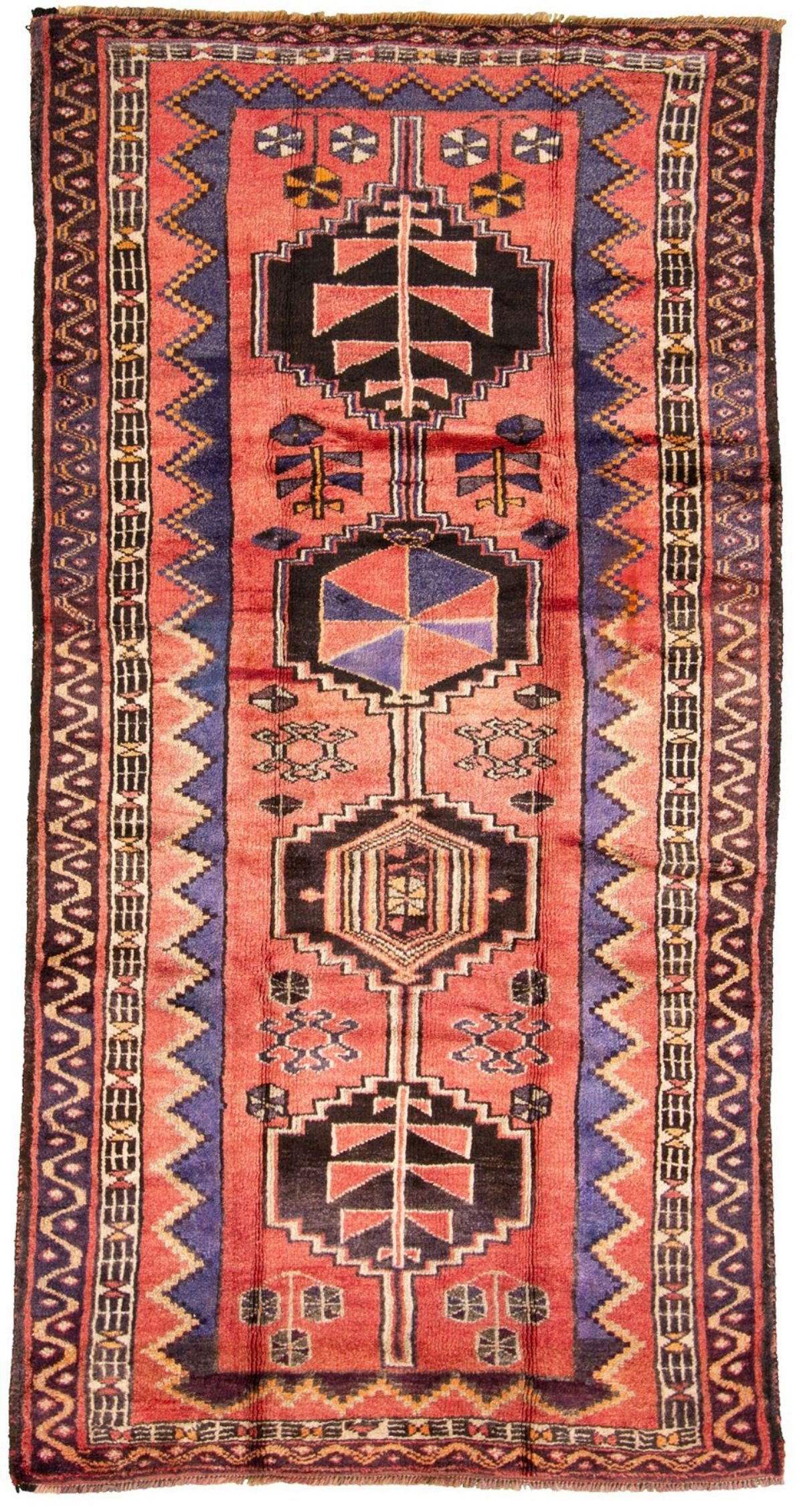 """Hand-knotted Shiraz  Wool Rug 4'10"""" x 9'7"""" Size: 4'10"""" x 9'7"""""""