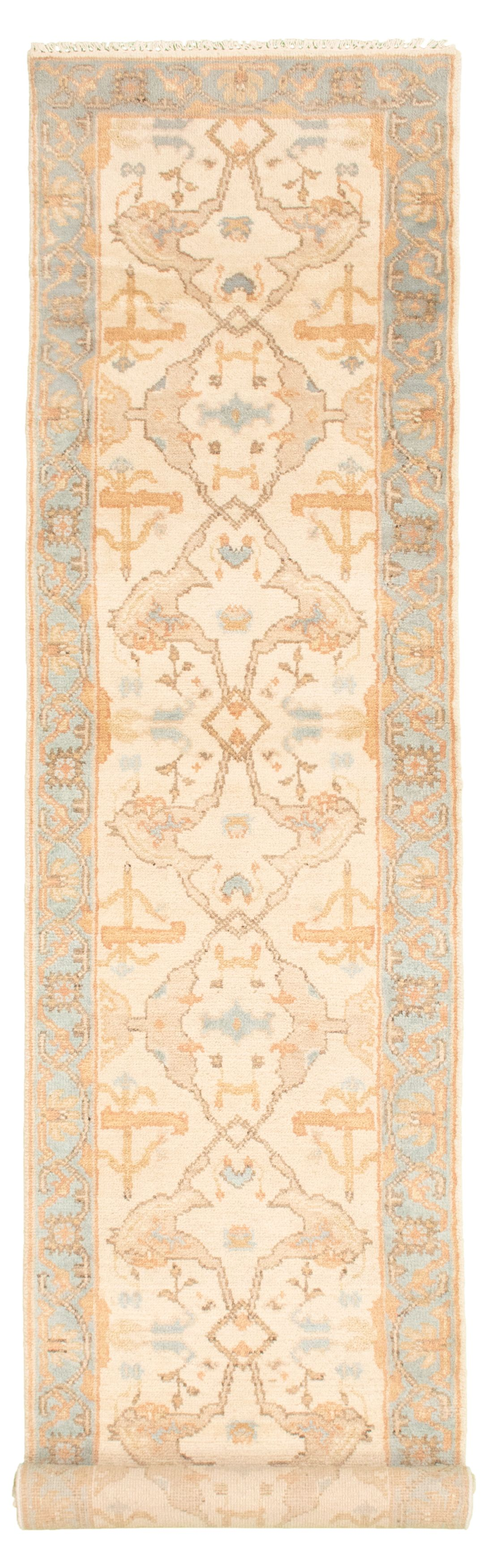 "Hand-knotted Royal Ushak Cream Wool Rug 2'7"" x 11'9""  Size: 2'7"" x 11'9"""
