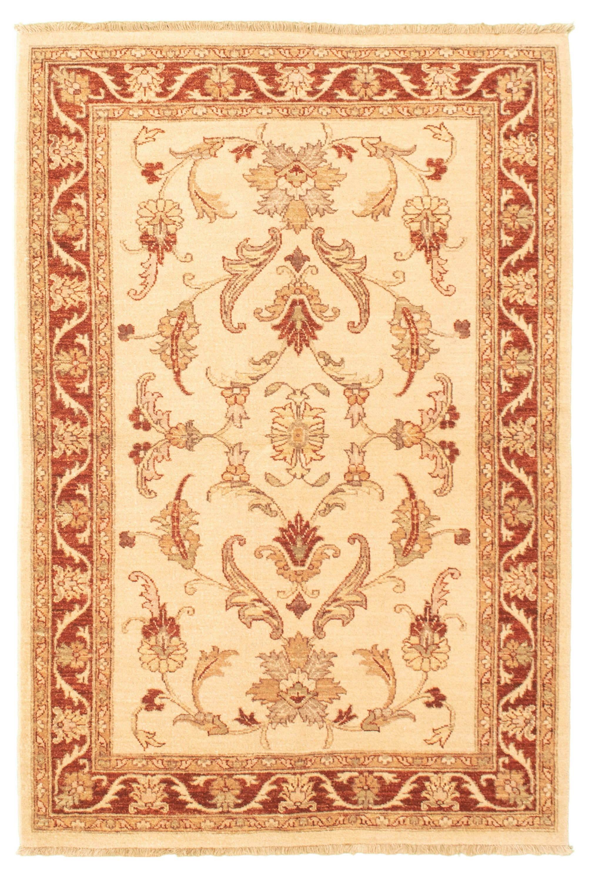 """Hand-knotted Chobi Finest Cream Wool Rug 4'2"""" x 6'3""""  Size: 4'2"""" x 6'3"""""""